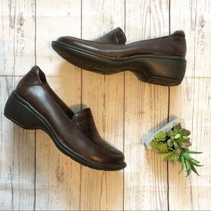 Clarks Artisan Leather Comfort Shoes